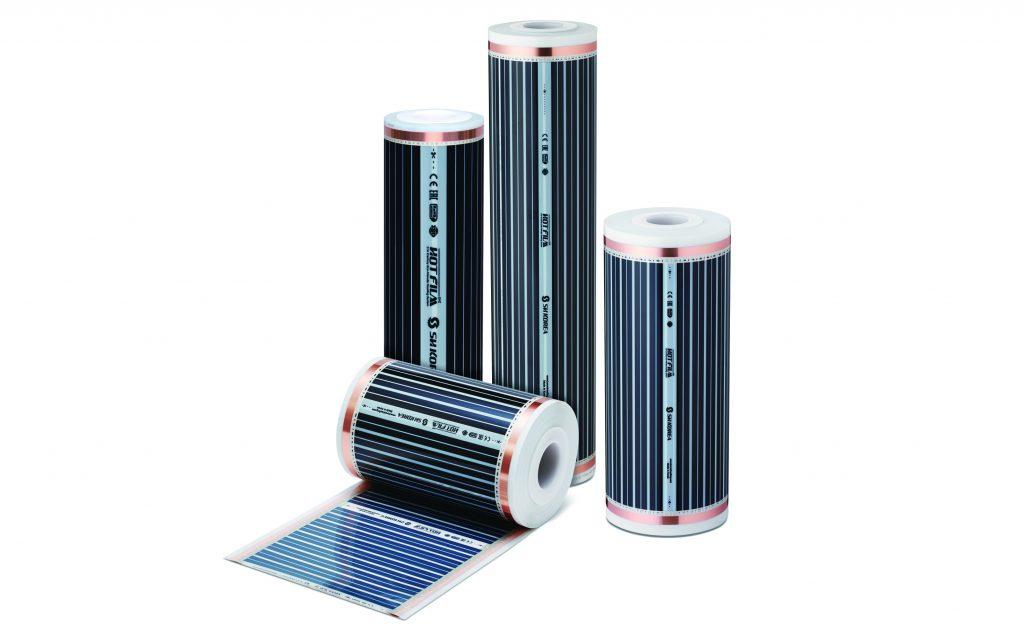 De elektrische vloerverwarming wordt geleverd als dunne film op een rol. Eenvoudig te leggen en aan te sluiten